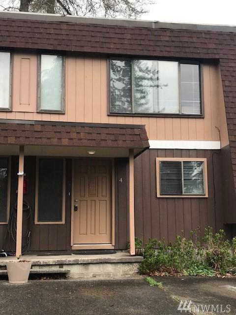 105 James St #4, Longview, WA 98632 (MLS #1431196) :: Matin Real Estate Group