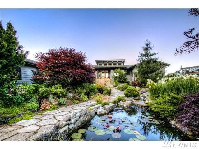 8936 SW Harbor Dr, Vashon, WA 98070 (#1431450) :: Ben Kinney Real Estate Team