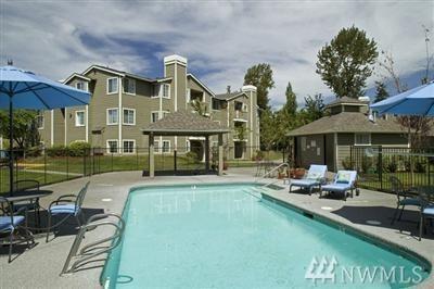 1848 S 284th Lane J102, Federal Way, WA 98003 (#1431961) :: Keller Williams Realty Greater Seattle