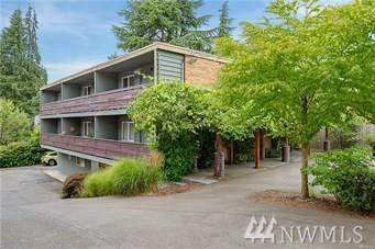 14045 Greenwood Ave N, Seattle, WA 98133 (#1433736) :: The Kendra Todd Group at Keller Williams