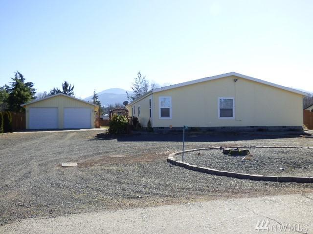 2742 E Sunnybrook Meadow Lane, Port Angeles, WA 98362 (#1434012) :: Northern Key Team