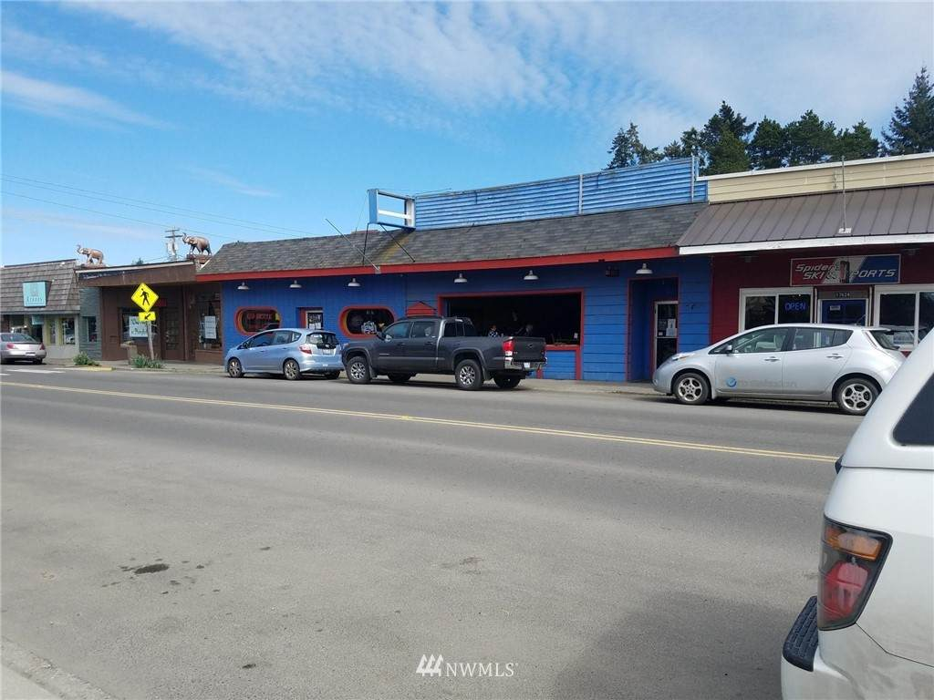 17618 Vashon Highway - Photo 1