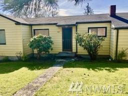 28422 Pioneer Hwy, Stanwood, WA 98292 (#1435582) :: Keller Williams Everett