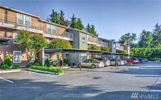 9815 Holly Drive A304, Everett, WA 98204 (#1436407) :: Ben Kinney Real Estate Team