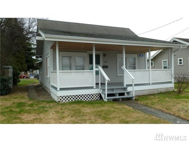 118 Hazel Ave, Burlington, WA 98233 (#1437109) :: Keller Williams Western Realty