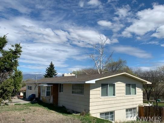 1162 Third Ave N, Okanogan, WA 98840 (#1438197) :: Hauer Home Team