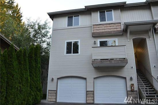 1730 121st St SE #101, Everett, WA 98208 (#1438910) :: Chris Cross Real Estate Group