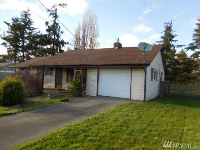 564 SE 4th St, Oak Harbor, WA 98277 (#1438945) :: Keller Williams Everett