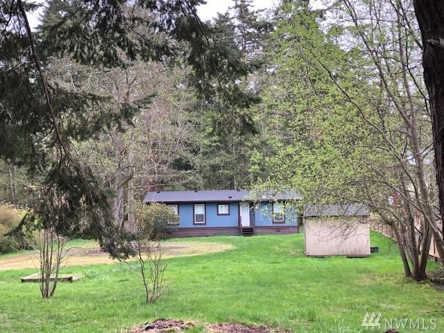 1020 Donald Ave, Oak Harbor, WA 98277 (#1439032) :: Keller Williams Everett