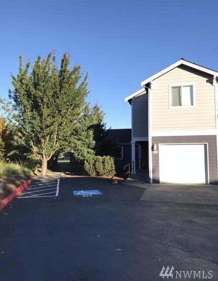 7805 Jensen Farm Lane D1, Arlington, WA 98223 (#1439247) :: Real Estate Solutions Group