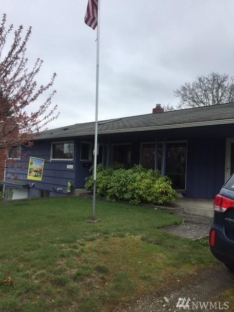 1564 Naval Ave, Bremerton, WA 98312 (#1440110) :: Northern Key Team