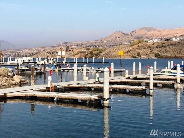 1240 W Woodin Ave B-1, Chelan, WA 98816 (#1440565) :: Real Estate Solutions Group
