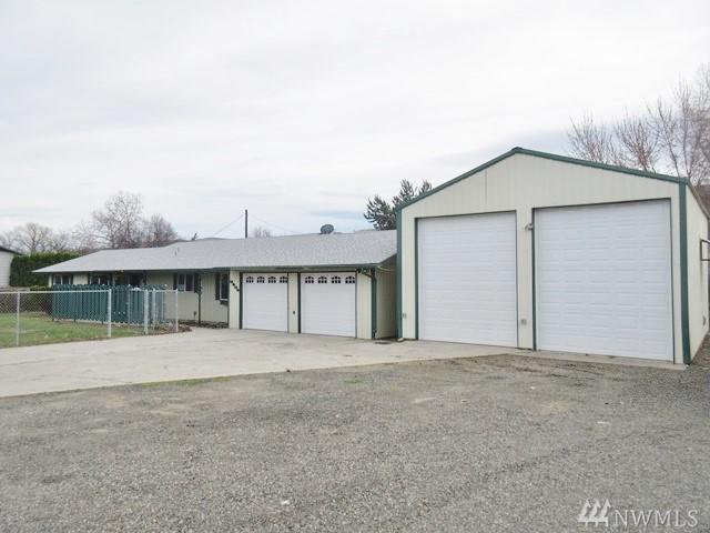 3404 Meadow Lane, Yakima, WA 98903 (#1441762) :: Center Point Realty LLC