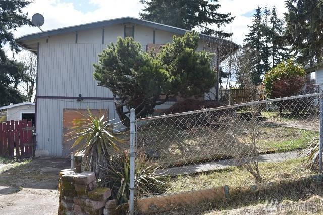 1118 E 51st St, Tacoma, WA 98404 (#1442476) :: Northern Key Team