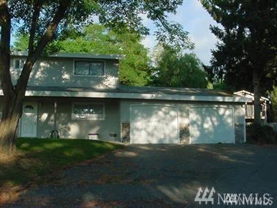 6105 Pebble Place, Everett, WA 98203 (#1442986) :: Ben Kinney Real Estate Team