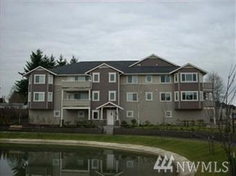 13426 97th Ave E #203, Puyallup, WA 98373 (#1444550) :: Homes on the Sound