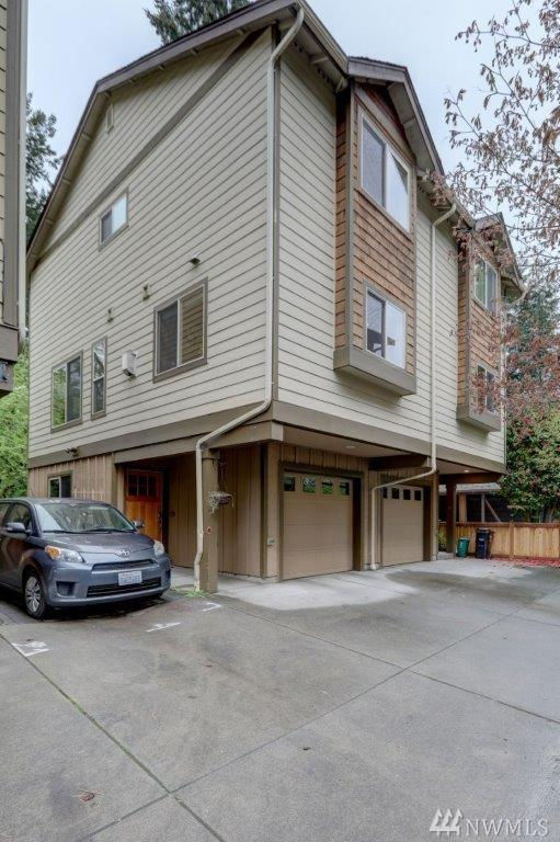 13435 Greenwood Ave N C, Seattle, WA 98133 (#1445648) :: Northern Key Team