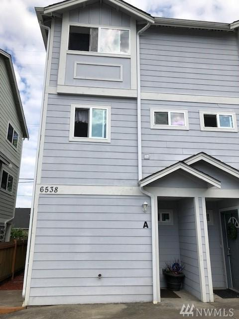 6538 34th Ave SW, Seattle, WA 98126 (#1445698) :: TRI STAR Team | RE/MAX NW