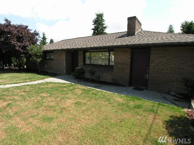 10424 2nd Ave S, Seattle, WA 98168 (#1449893) :: Ben Kinney Real Estate Team