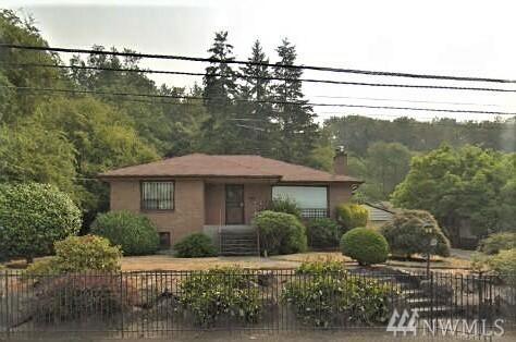 5818 18th Ave S, Seattle, WA 98108 (#1450608) :: Kimberly Gartland Group