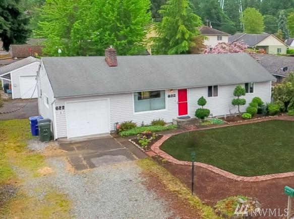 622 140th St S, Tacoma, WA 98444 (#1454003) :: Homes on the Sound