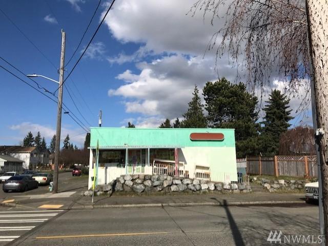 1022 SW Henderson St, Seattle, WA 98106 (#1455642) :: Alchemy Real Estate