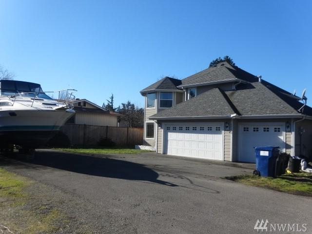 12223 Military Rd S, Seattle, WA 98168 (#1459513) :: TRI STAR Team | RE/MAX NW