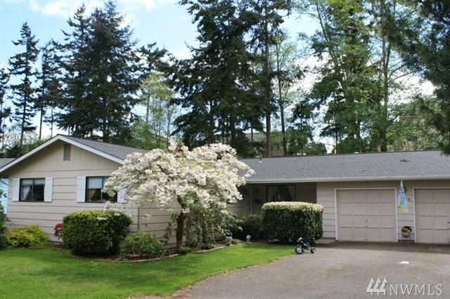 2118 Crosswoods Cir, Oak Harbor, WA 98277 (#1459756) :: The Royston Team