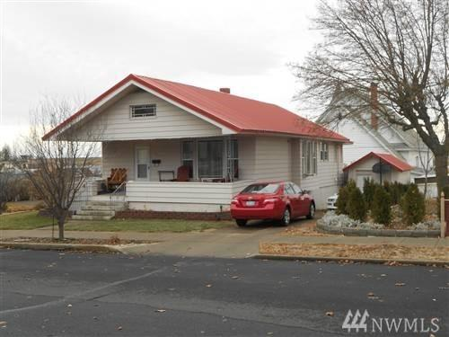 201 E 3rd Ave, Ritzville, WA 99169 (#1460041) :: Homes on the Sound