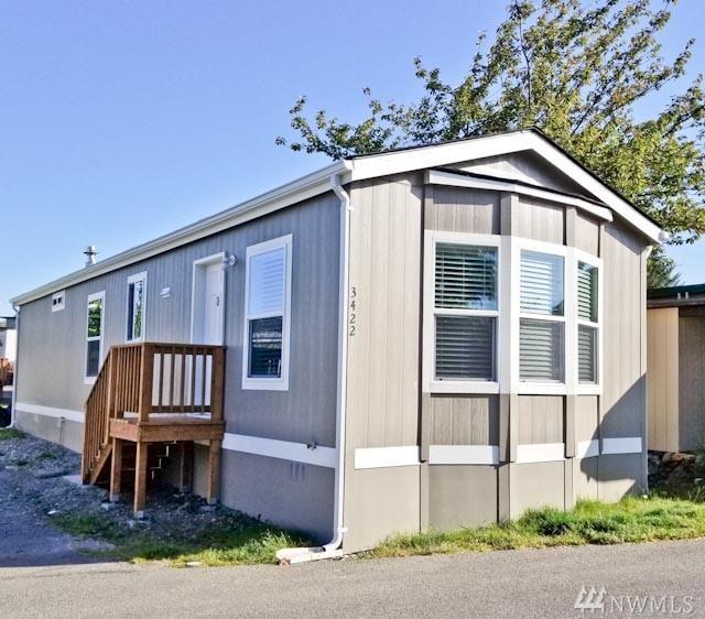 3422 S 182nd Place., SeaTac, WA 98188 (#1462027) :: Keller Williams - Shook Home Group