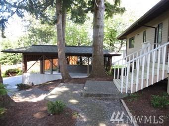 312 Viewcrest Rd, Bellingham, WA 98229 (#1462047) :: McAuley Homes