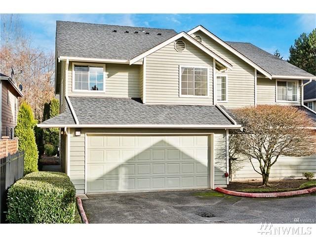 9825 18th Ave W B1, Everett, WA 98204 (#1462432) :: Keller Williams Realty Greater Seattle