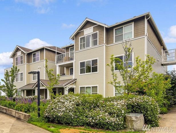 2980 SW Raymond St #204, Seattle, WA 98126 (#1463950) :: Kimberly Gartland Group