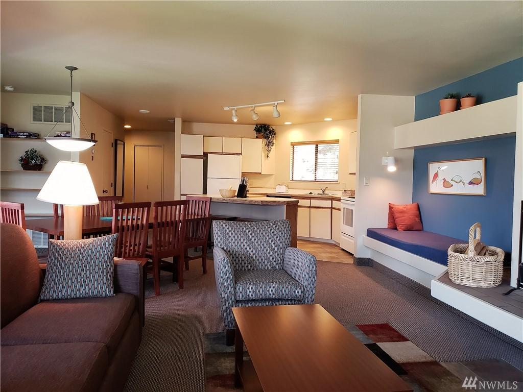 1 Lodge 612-Q - Photo 1