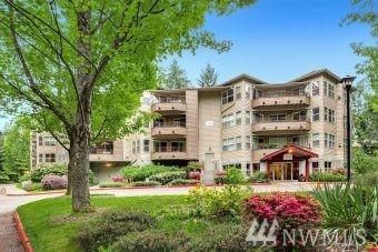 1750 152nd Ave NE C-206, Bellevue, WA 98007 (#1470247) :: McAuley Homes