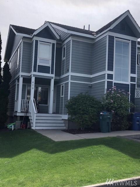429 W Webster St E, Chelan, WA 98816 (#1471064) :: Kwasi Homes