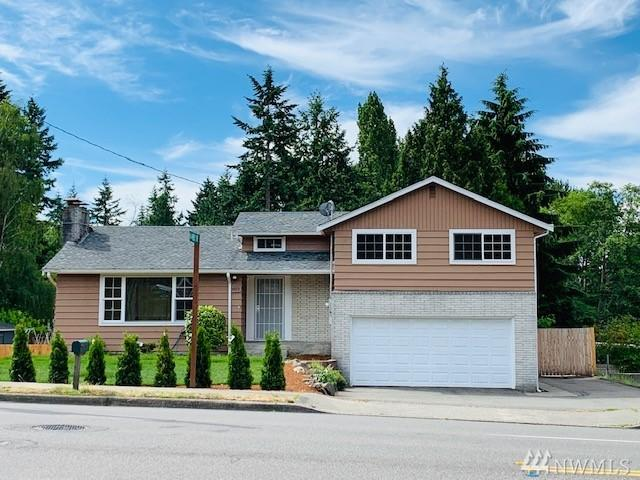 603 SW 128th St, Burien, WA 98146 (#1472176) :: Crutcher Dennis - My Puget Sound Homes