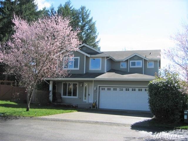 16527 39th Ave E, Tacoma, WA 98446 (#1474330) :: Ben Kinney Real Estate Team