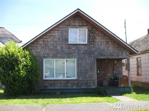 704 Monroe St, Hoquiam, WA 98550 (#1474464) :: Platinum Real Estate Partners
