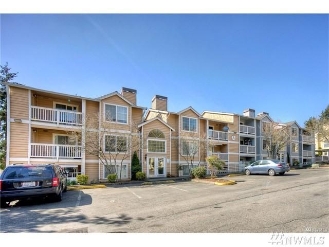 23410 18th Ave S A202, Des Moines, WA 98198 (#1475647) :: Record Real Estate