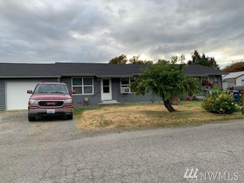 222 St. Paul Blvd, Pacific, WA 98047 (#1477133) :: Alchemy Real Estate