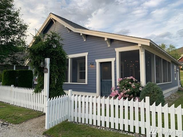 105 Bootlegger Lane, Oroville, WA 98844 (MLS #1477965) :: Nick McLean Real Estate Group