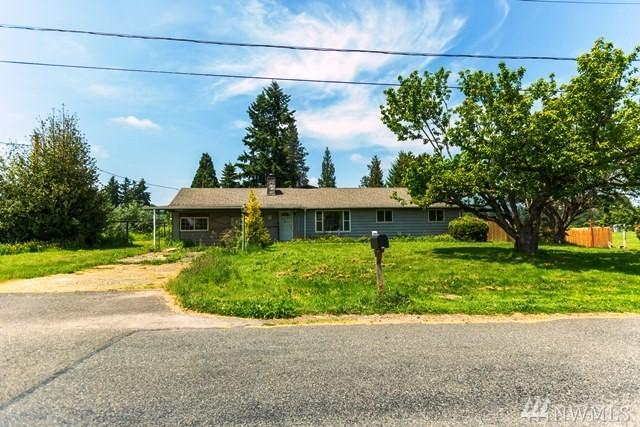 3402 23rd St SW, Puyallup, WA 98373 (#1479017) :: Costello Team