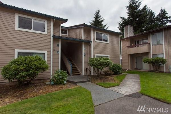17518 149th Ave SE H7, Renton, WA 98058 (#1479819) :: Hauer Home Team