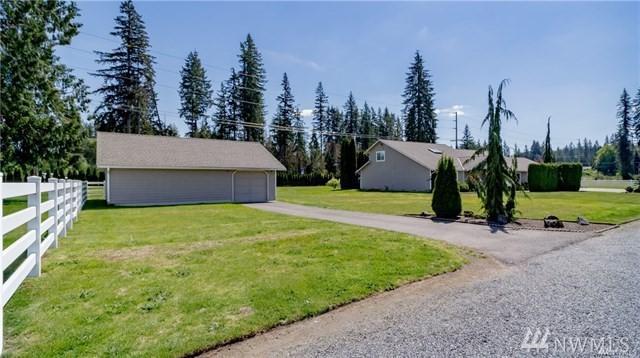 17824 100th St NE, Granite Falls, WA 98252 (#1480495) :: Ben Kinney Real Estate Team