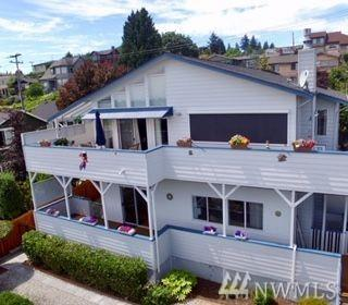 3314 34th Ave SW, Seattle, WA 98126 (#1481869) :: The Kendra Todd Group at Keller Williams