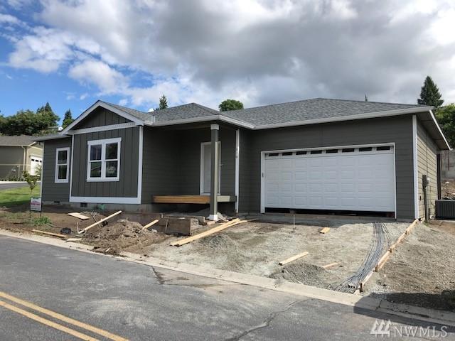 216 Village Dr, Manson, WA 98831 (#1482262) :: Platinum Real Estate Partners