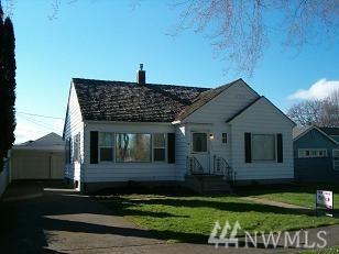 1833 Nichols Blvd, Longview, WA 98632 (#1482620) :: Real Estate Solutions Group