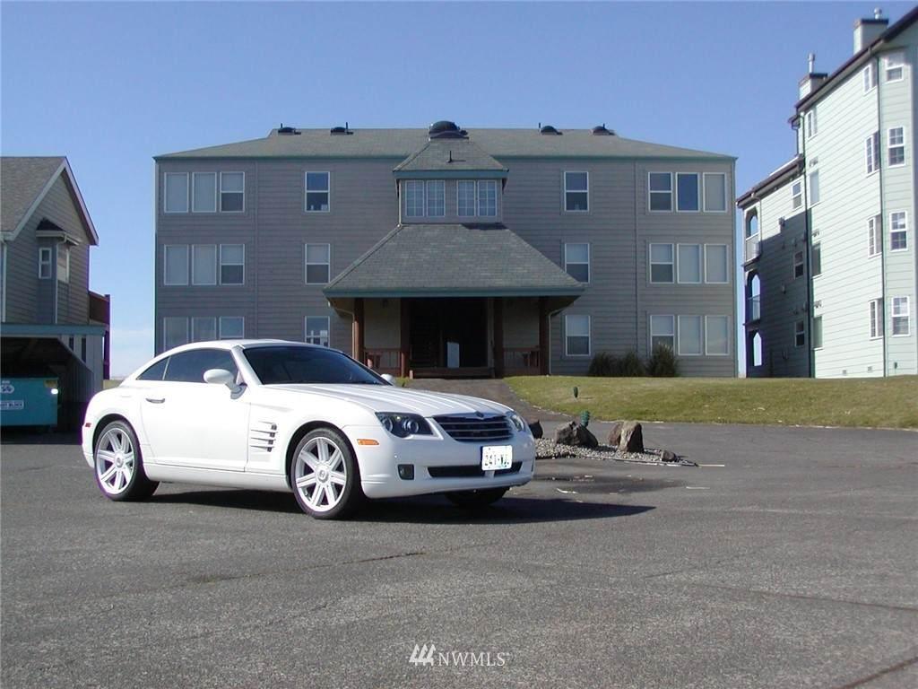 1407 Ocean Shores Boulevard - Photo 1