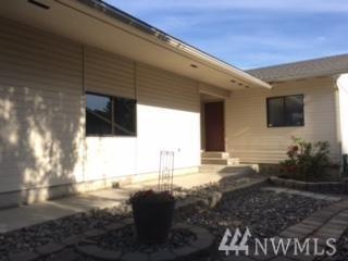 730 11th St NE, East Wenatchee, WA 98802 (#1485305) :: Ben Kinney Real Estate Team